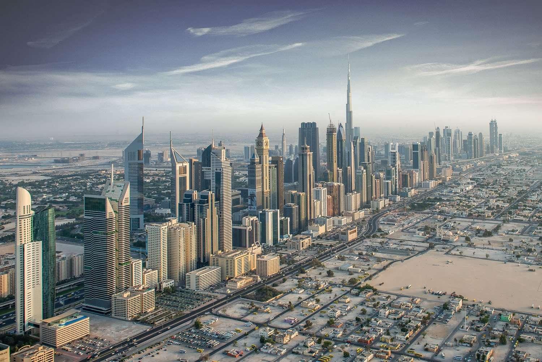 اذا كنت تبحث عن وظائف في الامارات   اليك بيانات 230 شركة في دبي